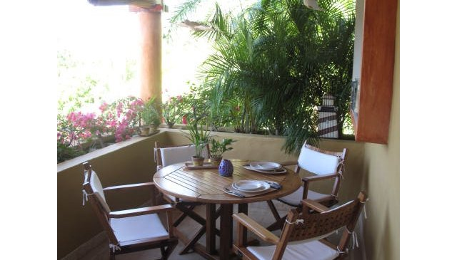 Very nice, charming, condo at Zihuatanejo Bay next to a Boutique Hotel