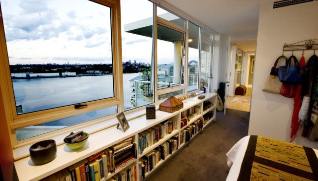 Penthouse apt on the waterfront of Sydney harbour