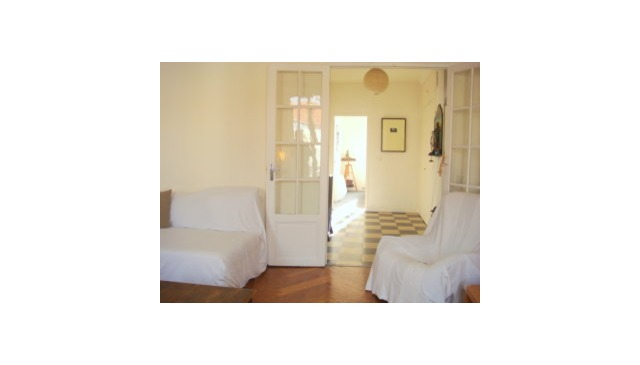 Very Central location in Nice ( 2 minutes from Old Town, Beach, Place Massena )