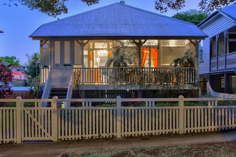 Beautifully renovated 100 year old queenslander new farm for Classic queenslander house