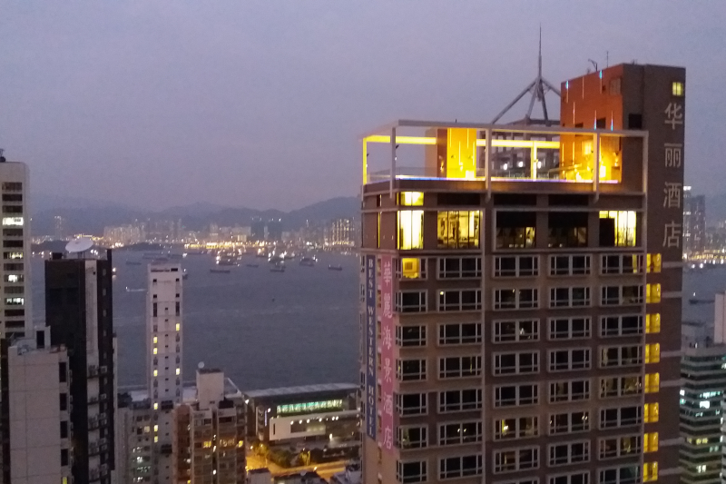 3 Bedroom Apartment 2 Bedrooms Available On The Sai Ying Pun Hong Kong Island Love Home Swap